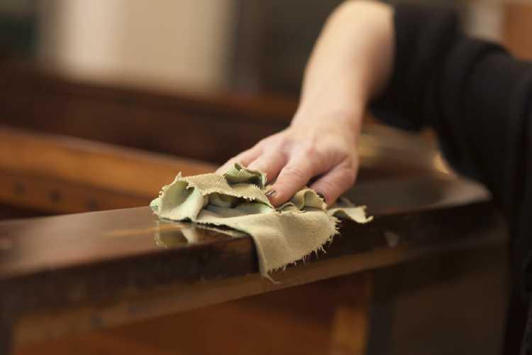 Clean Wood - Maintenance & Re-Furbishment