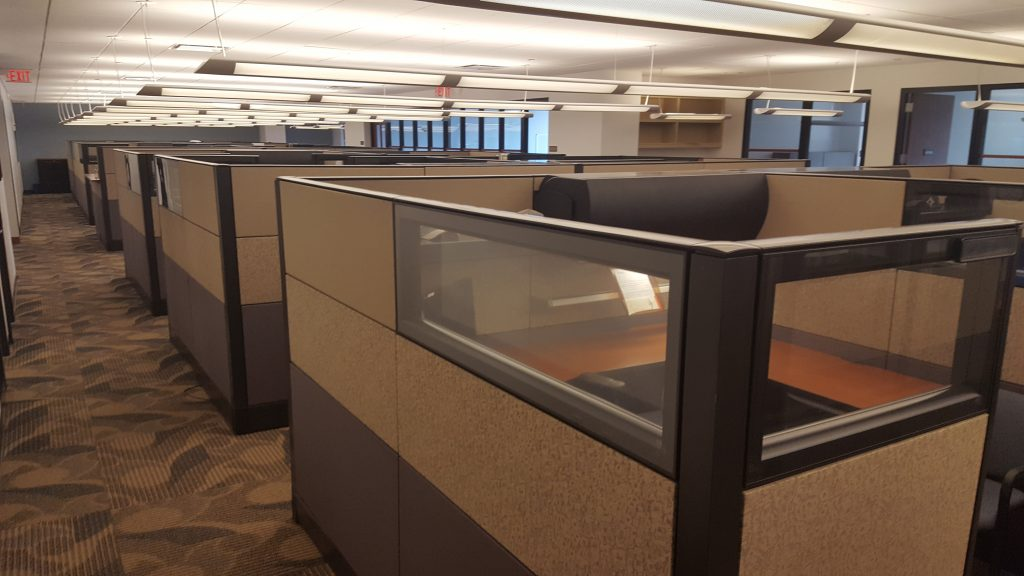 20160812 112805 1024x576 1 - Pre-Owned-Cubicles