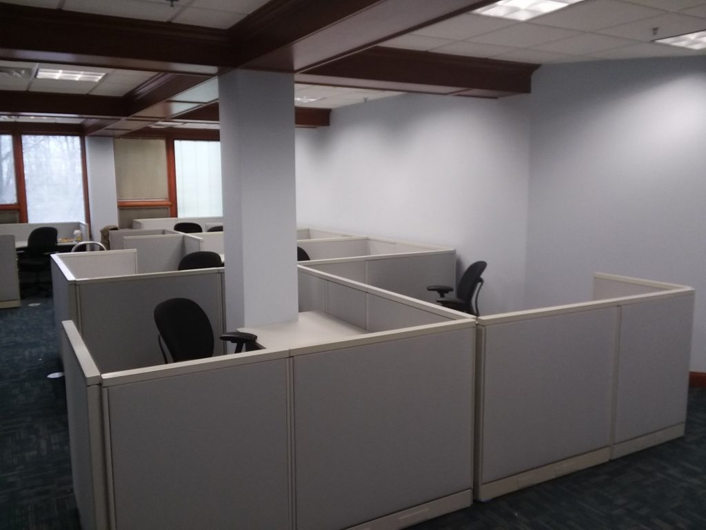 20180430 173557 1024x768 1024x768 1 - Pre-Owned-Cubicles