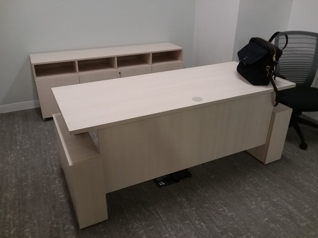 20180815 211004 1024x768 1024x768 1 - Pre-Owned-Desks