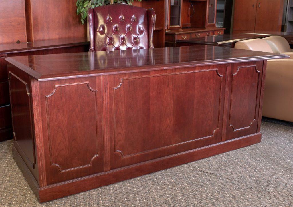 DSC7864 1024x724 1024x724 1 - Pre-Owned-Desks