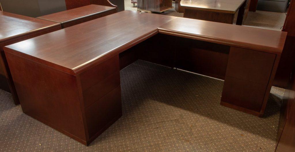 DSC8015 1024x527 1024x527 1 - Pre-Owned-Desks