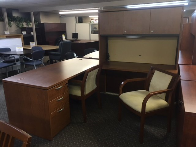 IMG 3153 - Pre-Owned-Desks