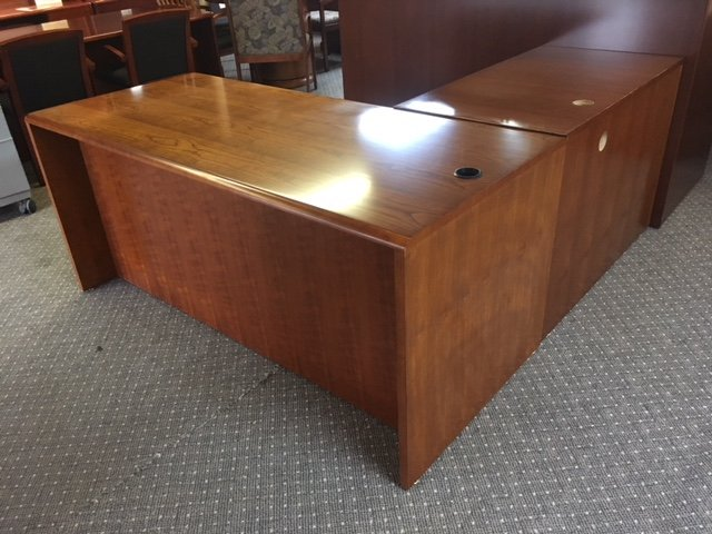 IMG 3158 - Pre-Owned-Desks