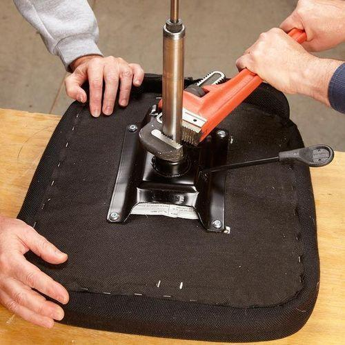 chair maintenance services 500x500 1 - Maintenance & Re-Furbishment